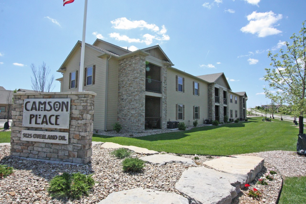 apartments townhomes and villas in lawrence kansas camson properties