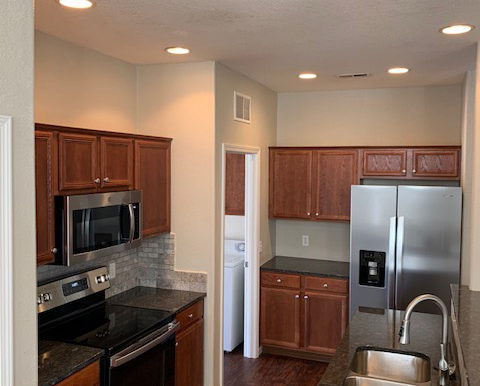 Camson-2-bedroom-townhome-updated-8